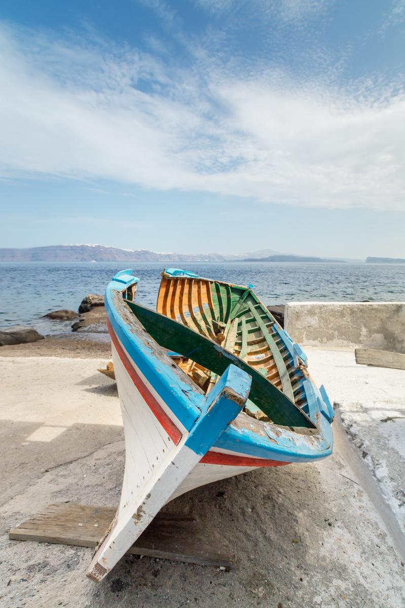 santorini color boat