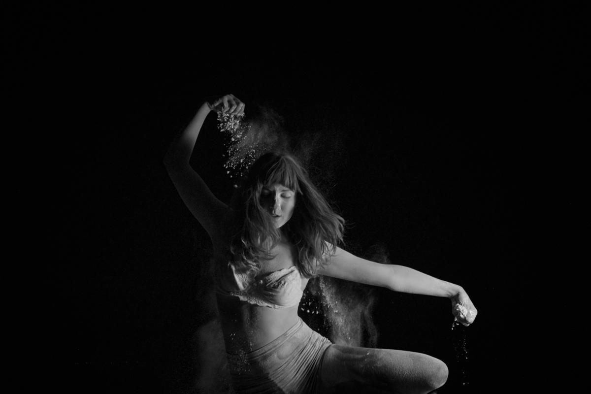 Dusty dance